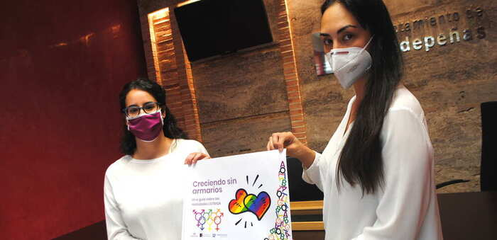 'Creciendo sin armarios', la guía de información y orientación LGTBIQA de Valdepeñas