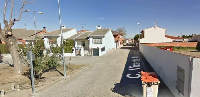 Herido grave tras caer a la vía pública desde un andamio en Novés (Toledo)