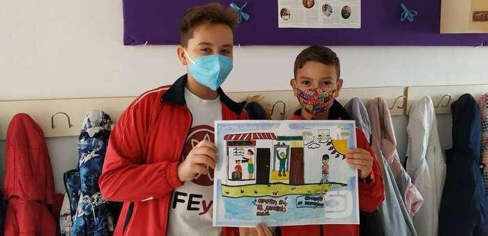 Los alumnos del Colegio San José de Puertollano se declaran Fans del comercio local