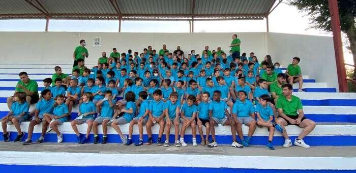 El XVI Campus de Fútbol da comienzo en Alcázar con 110 participantes