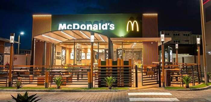 McDonald's retira las tapas y cubiertos de plástico de todos sus restaurantes de España