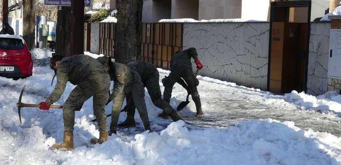 El dispositivo del Ejército para paliar los efectos del temporal en las provincias de Guadalajara y Toledo se amplía con otros más de 200 efectivos
