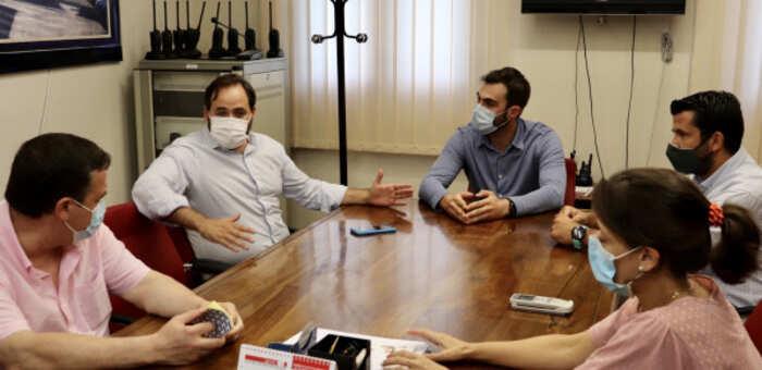 Núñez vuelve a instar a Page a que se pronuncie en defensa de los alcaldes de Castilla-La Mancha