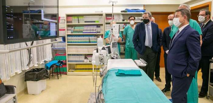 García-Page conoce los últimos avances tecnológicos adquiridos para el Hospital de Guadalajara y que supone una mejor prestación sanitaria para la ciudadanía