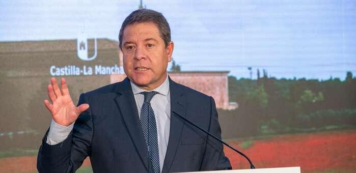 """García-Page planteará en las próximas semanas una """"tercera dosis de seguridad"""" a todas las personas mayores y vulnerables de la región"""