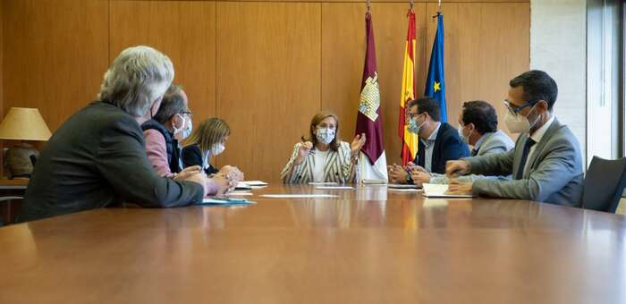 Las ayudas para la adquisición de libros de texto se aumentarán en Castilla-La Mancha hasta los 14 millones de euros para adecuarlos a la nueva Ley de Educación