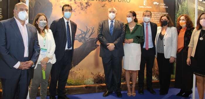 Castilla-La Mancha muestra su apoyo al sector cinegético en FERCATUR como motor económico y garante de la biodiversidad del territorio