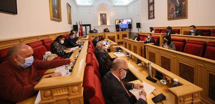 El Pleno de Toledo aprueba de manera inicial las Ordenanzas Fiscales que congelan impuestos y bonifican la eficiencia energética
