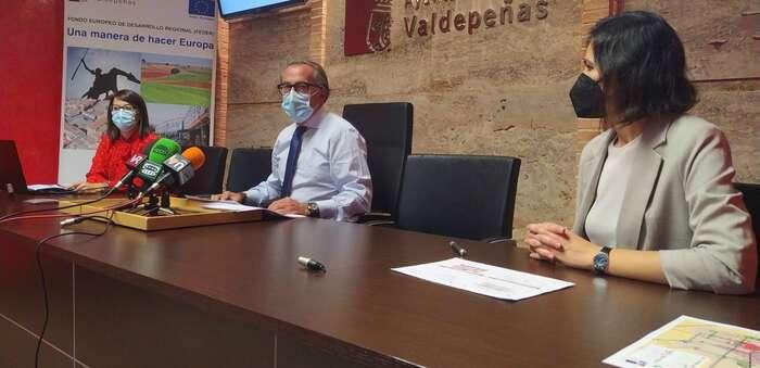 Mejorar la comunicación del barrio de San Pedro y autobuses urbanos limpios, objetivos de Valdepeñas incluidos en su PMUS