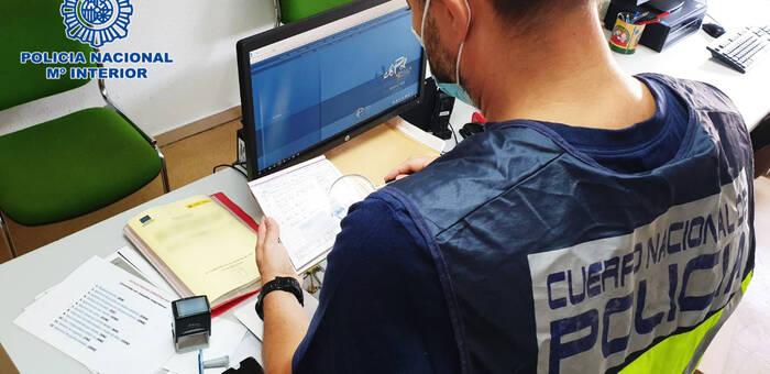 La Policía Nacional desarticula un grupo delictivo que usurpó la identidad de más de 40 víctimas a través de contratos de trabajo fraudulentos