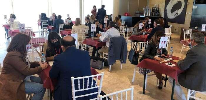 'Conecta Empresarios' reúne en Pago del Vicario de Ciudad Real a un centenar de emprendedores de la región para hacer networking