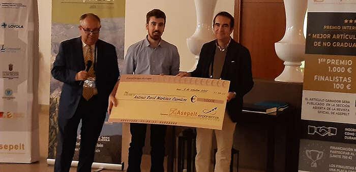 Un alumno de la UCLM gana un premio internacional por un trabajo que analiza la transición ecológica desde la economía