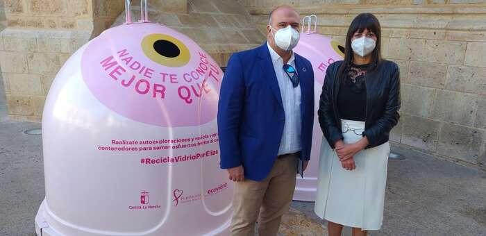 Valdepeñas se suma a la campaña solidaria 'Reciclo Vidrio por ellas'
