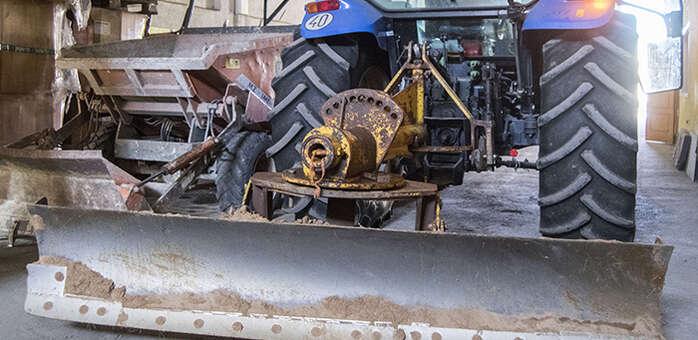 Preparado en Marchamalo el dispositivo municipal ante la previsión de nevadas, con aporte de sal para particulares