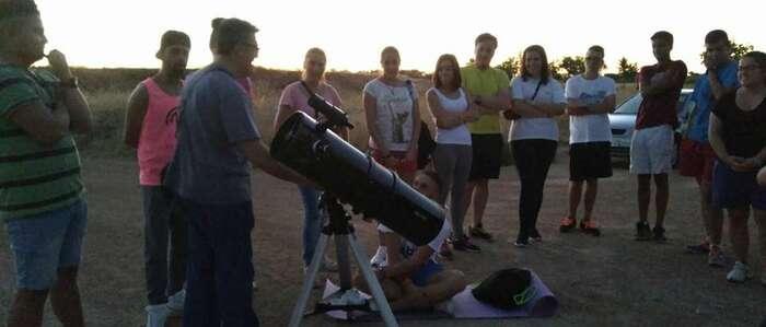 Senderismo y velada astronómica en Manzanares bajo la lluvia de estrellas
