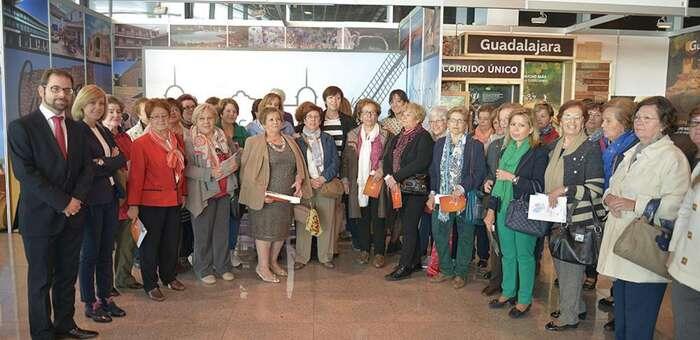 Imagen: Gonzalo Redondo acompaña a los artesanos de Ciudad Real en FARCAMA