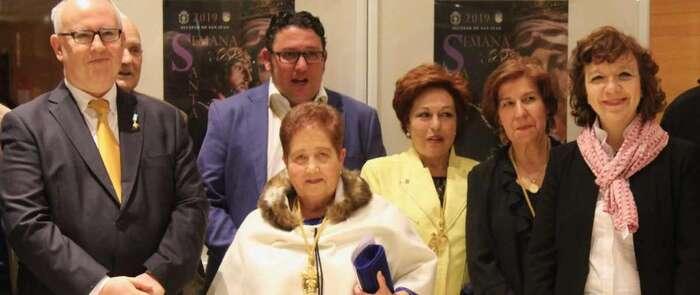 """La alcaldesa de Alcázar animó a hermandades y cofradías a """"trabajar juntos para engrandecer la Semana Santa y convertirla en Fiesta de Interés Turístico Regional"""""""
