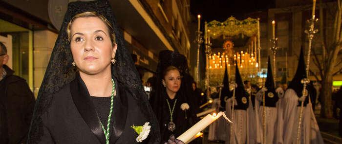 Ciudad Real engalana sus calles para la llegada de la Semana Santa