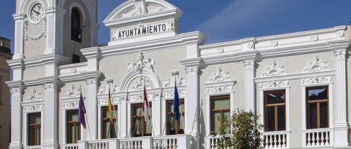 """A partir de mañana se podrán solicitar las ayudas del Ayuntamiento de Guadalajara para la compra de material """"no curricular"""""""