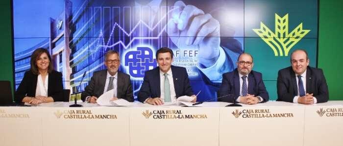 500 profesionales de Caja Rural CLM se certificarán como asesores financieros con el IEAF