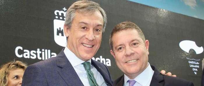 El presidente de Eurocaja Rural visita Fitur en su 40 aniversario