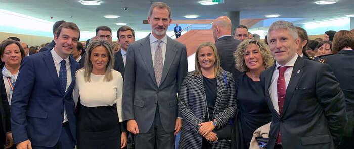 La alcaldesa de Toledo acompaña al Rey en la inauguración del Congreso Internacional 'Igualdad de género en el ámbito de la seguridad'
