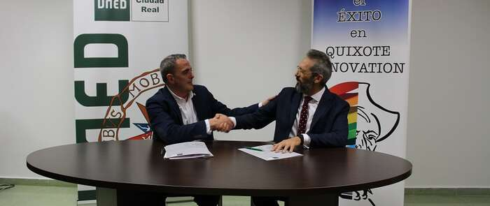la UNED de Ciudad Real y Quixote Innovation firman un convenio de cooperación educativa y formativa