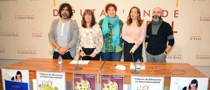 La Diputación de Ciudad Real incluye la prevención del acoso escolar en  las campañas sobre erradicación de violencia de género e interculturalidad dirigida a los colegios