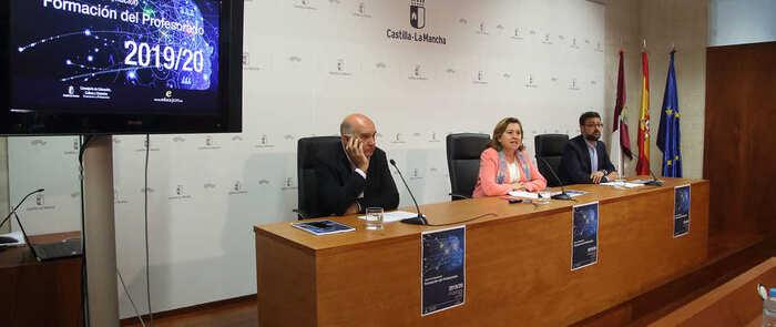 El Gobierno regional realizará cerca de 1.900 acciones formativas para este curso dirigidas a la totalidad del profesorado de Castilla-La Mancha