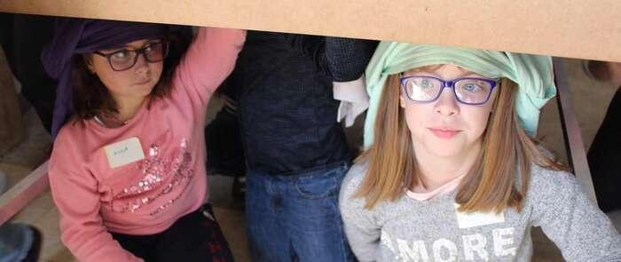 Cerca de 40 niños y niñas de Alcázar disfrutaron del taller cofrade infantil del Santo Entierro