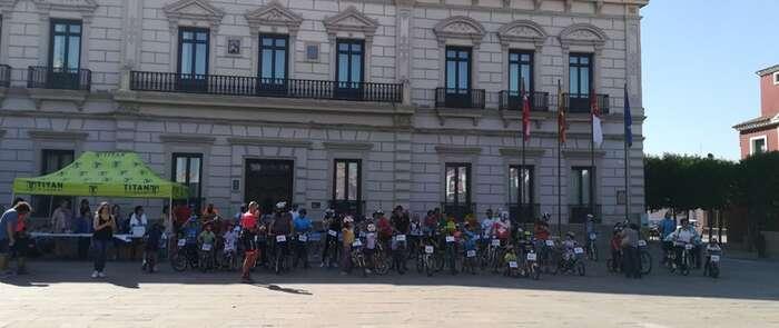 La V Ruta Ciclista del cine solidario de Alcázar compromete a más de 500 personas con la venta de dorsales