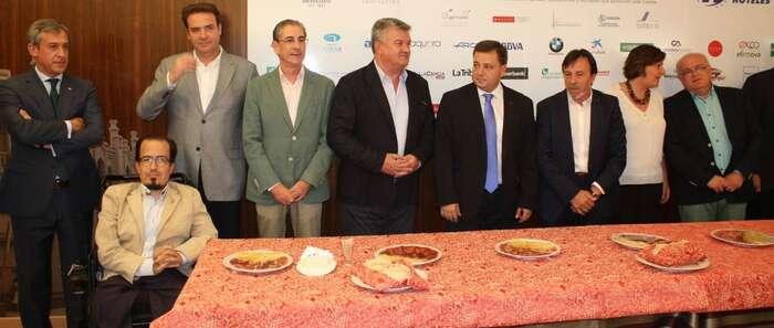 Caja Rural Castilla-La Mancha visita la caseta de FEDA en la Feria de Albacete