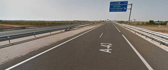 Fallece un hombre de 31 años tras la colisión entre dos turismos en Villarrobledo