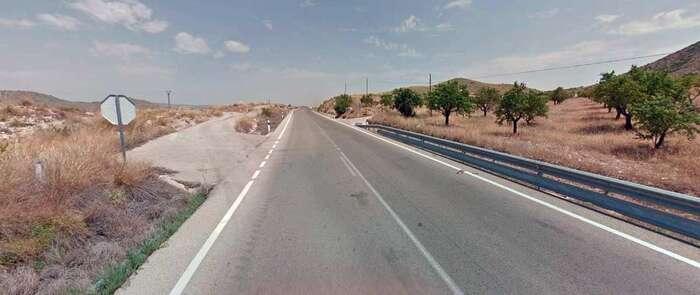 Seis heridos leves en Ontur tras volcar la furgoneta en la que viajaban