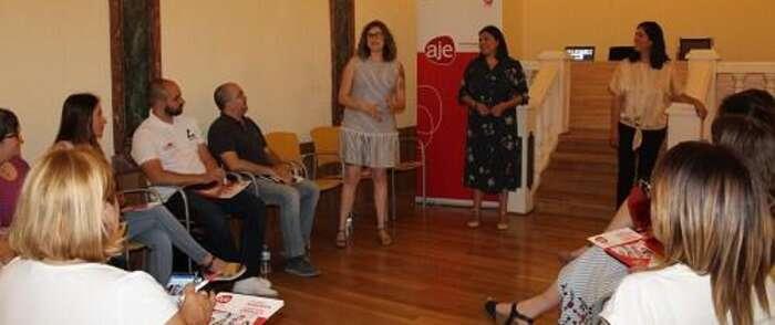 AJE Valdepeñas cerró su curso formativo con un taller sobre ventas y prepara nuevos actos para septiembre