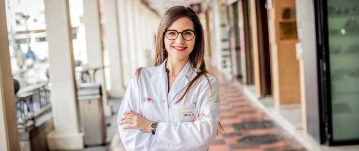 La miguelturreña Alicia González premiada por la Academia Americana de Neurología