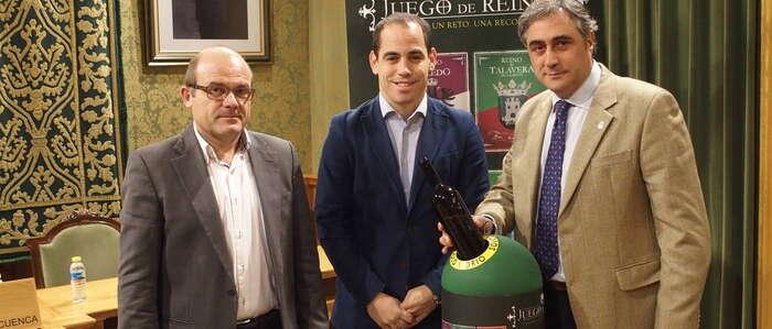 """El Ayuntamiento de Cuenca y Ecovidrio presentan la campaña """"Juego de Reinos"""" para promover el reciclaje de vidrio"""