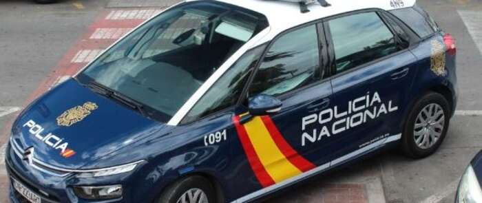 Detienen a 37 personas y desarticulan una red que introducía ciudadanos vietnamitas para explotarles en centros de manicura de toda España