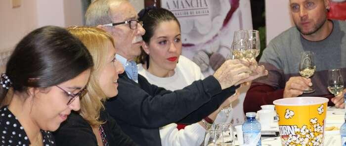 La cata 'Maestros del Vino' despertó en La Solana los sentidos de los participantes