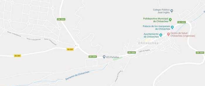 Seis heridos, tres de ellos menores, tras una colisión entre dos turismos en Chiloeches