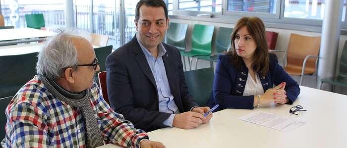 El Ayuntamiento de Torrijos y AIDIS firman un convenio para el desarrollo de un taller de habilidades sociales