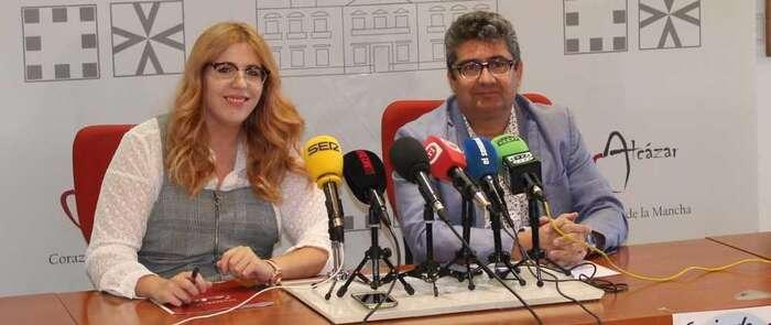 """Más de cincuenta comercios de Alcázar participarán en la actividad """"A pie de calle"""" que organiza ASECEM"""