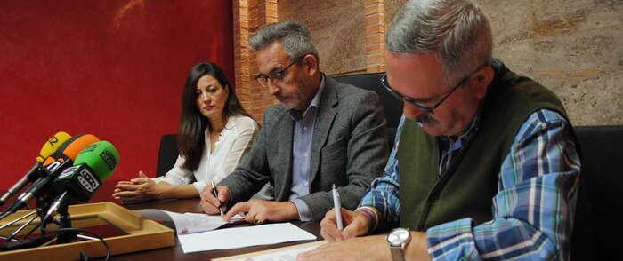 Valdepeñas renueva con 21.000 euros el convenio de transporte adaptado con Cruz Roja