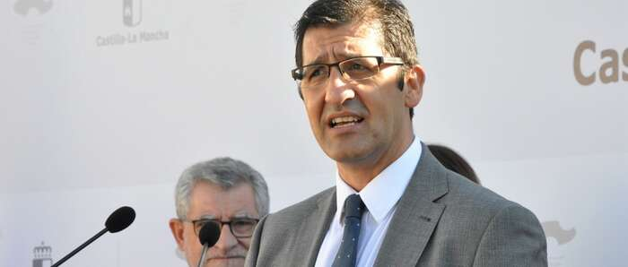 Caballero destaca en Valverde que 25.000 escolares conocerán el patrimonio de la provincia con la Diputación de Ciudad Real