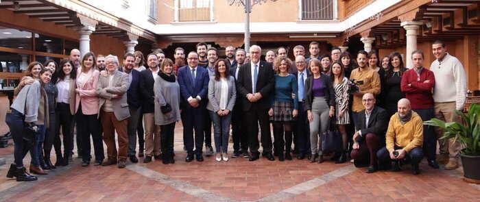 """El Alcalde de Manzanares define como """"imprescindibles"""" a los medios de comunicación durante el desayuno informativo navideño"""