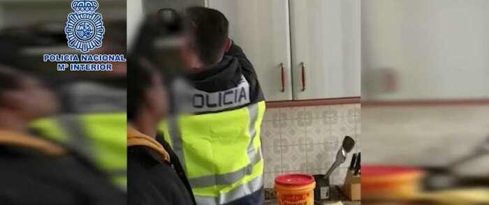 La Policía Nacional desarticula una organización criminal dedicada a la explotación sexual y libera a una víctima de trata
