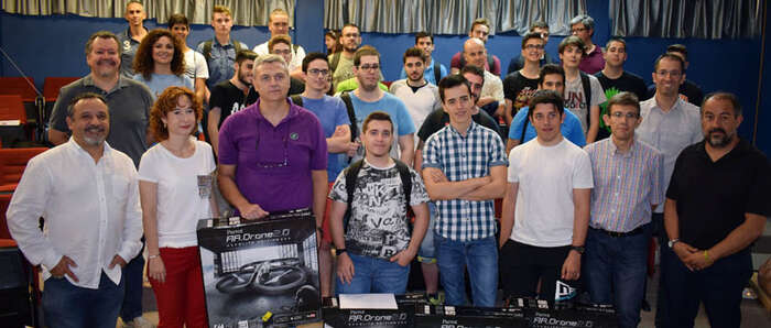 La UCLM entrega los premios del concurso Drone Challenge 2017