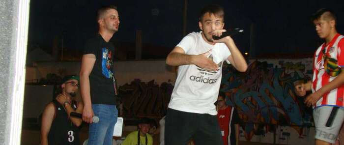 La cultura urbana del hip-hop congrega a un gran número de jóvenes en el Silo de Quintanar