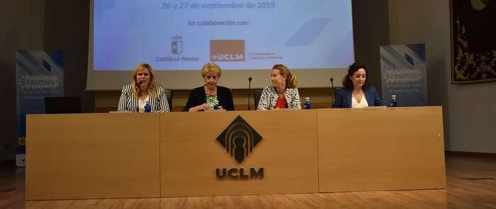 Más de 500 docentes de toda España intercambian experiencias sobre proyectos 'Erasmus+' en unas jornadas en Cuenca