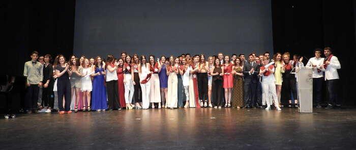 """Emotivo acto de Graduación de 2º de Bachillerato del IES """"Sotomayor"""" de Manzanares"""